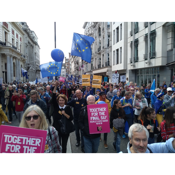 Plymouth Lib Dems on the march, 19/10/2019 (Photo by Stuart Spicer)